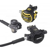 Apeks XTX200 FSR Tungsten Regulator And XTX40 Octopus Set